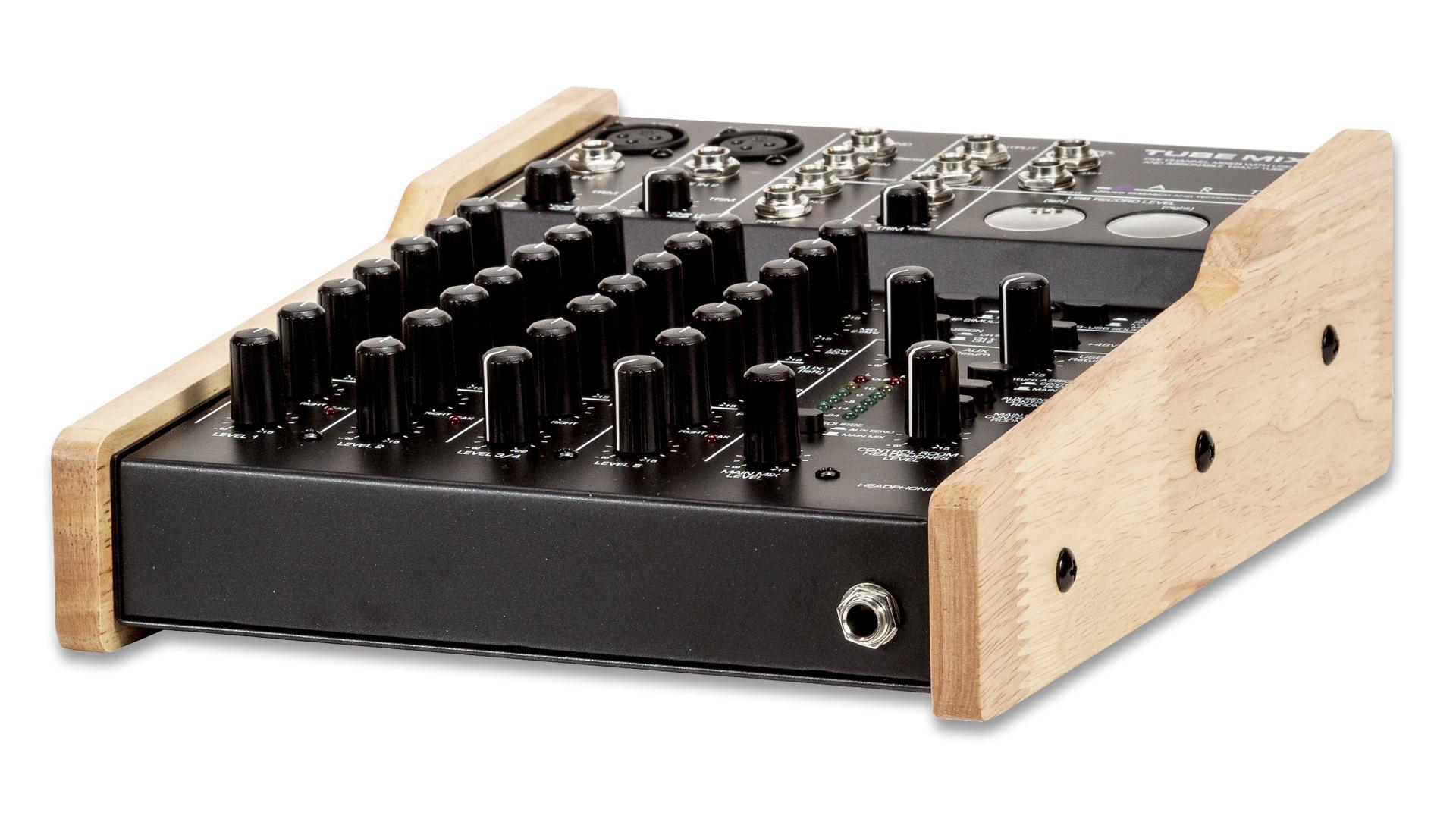 ART Audio TubeMix - digital output with a valve preamp!