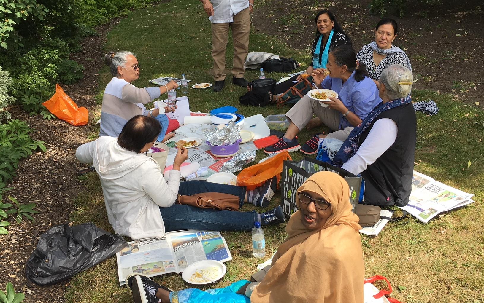 akash_picnic.JPG