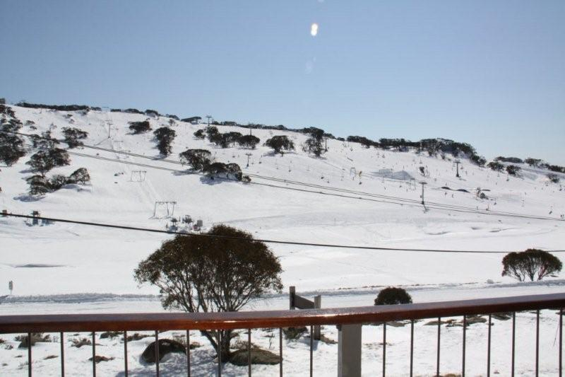 4 perisher front valley view.jpg