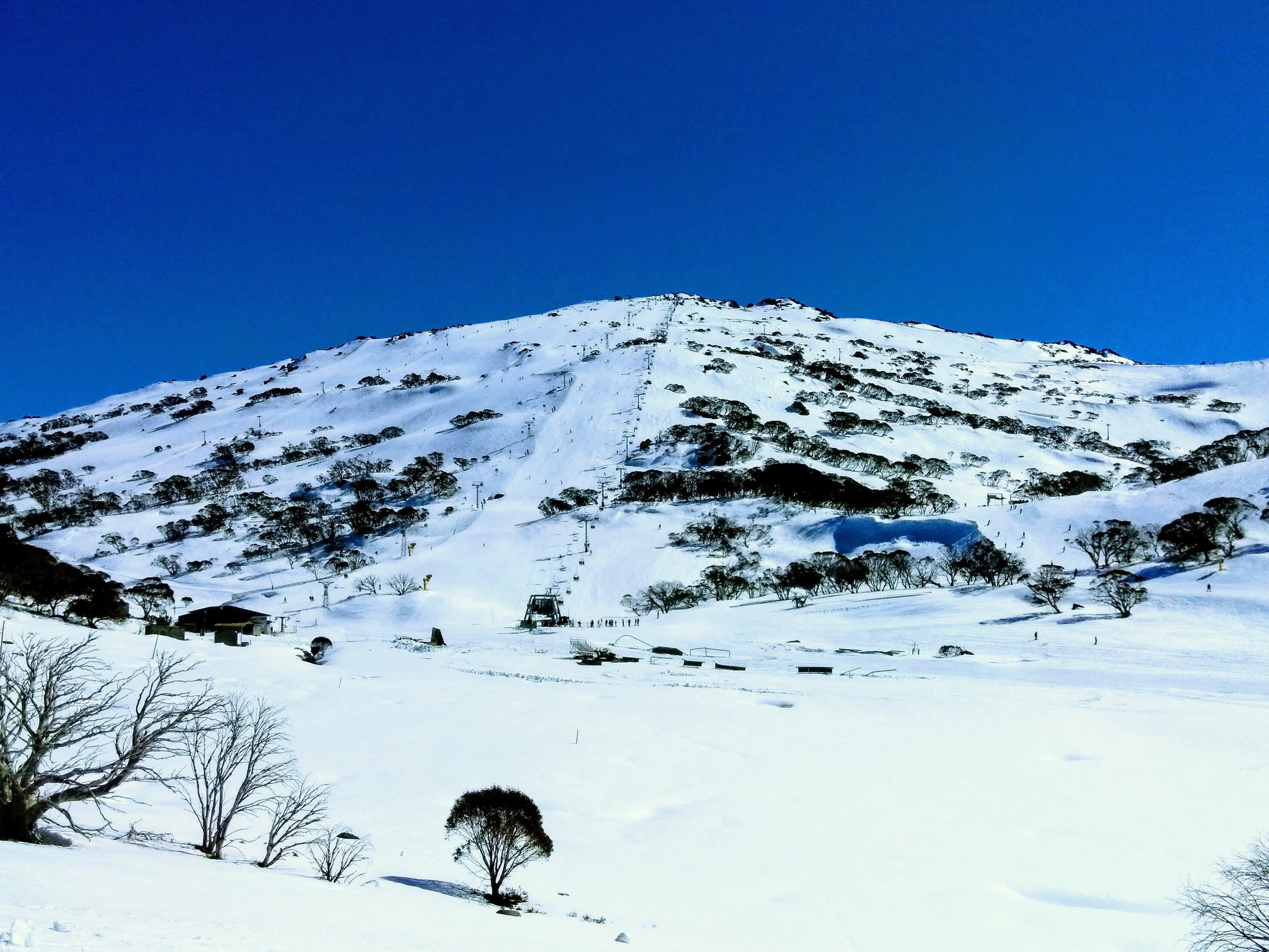 Mt Perisher from Charlotte Pass oversnow