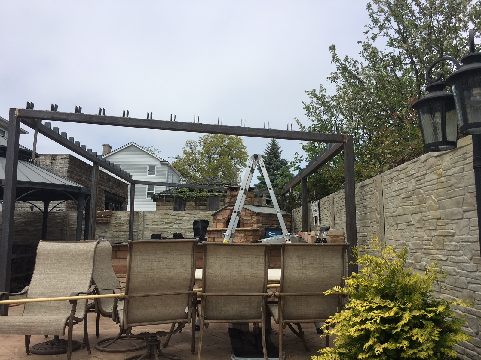 Steel Outdoor Pergola/Gazebo