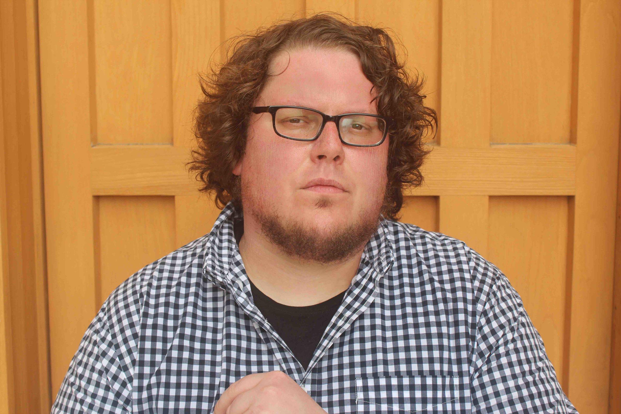 ChrisOrrick_PressPic1_WebRes_PhotoMichaelTolle.jpg
