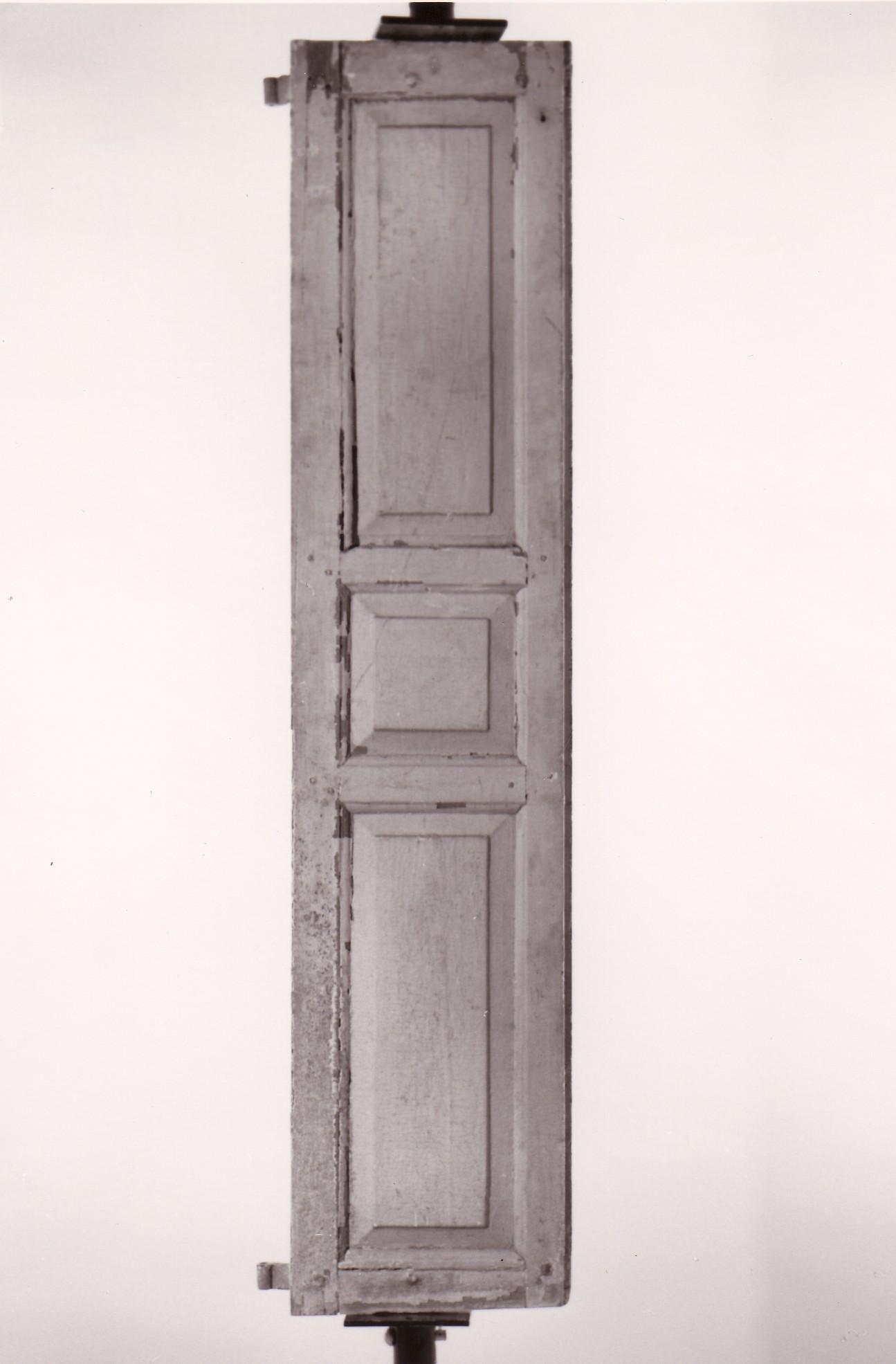 1740-exterior-wood-shutter