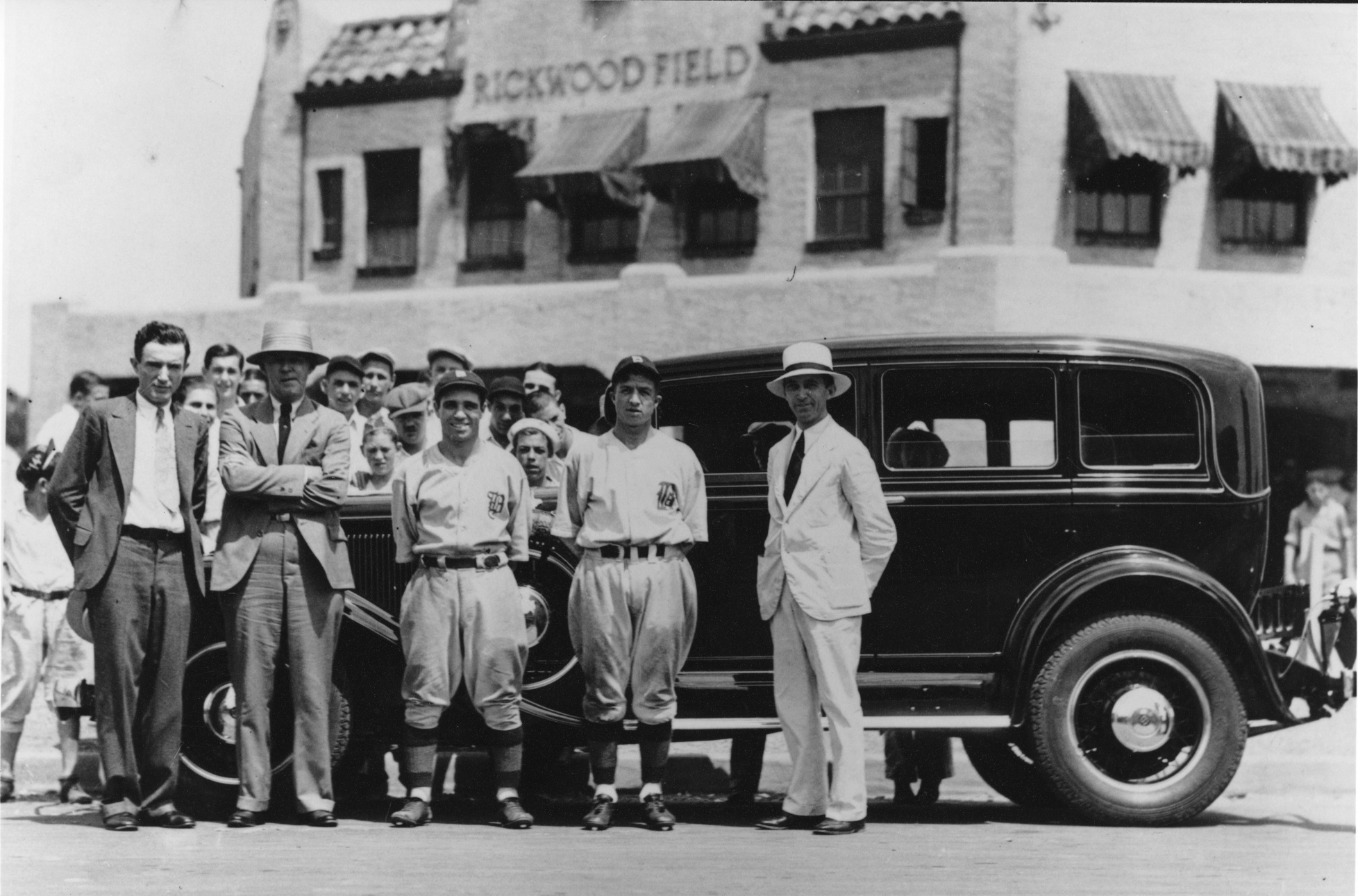 Barons ballplayers and fans pose in front of Rickwood's distinctive entrance, 1930. (Chuck Stewart)