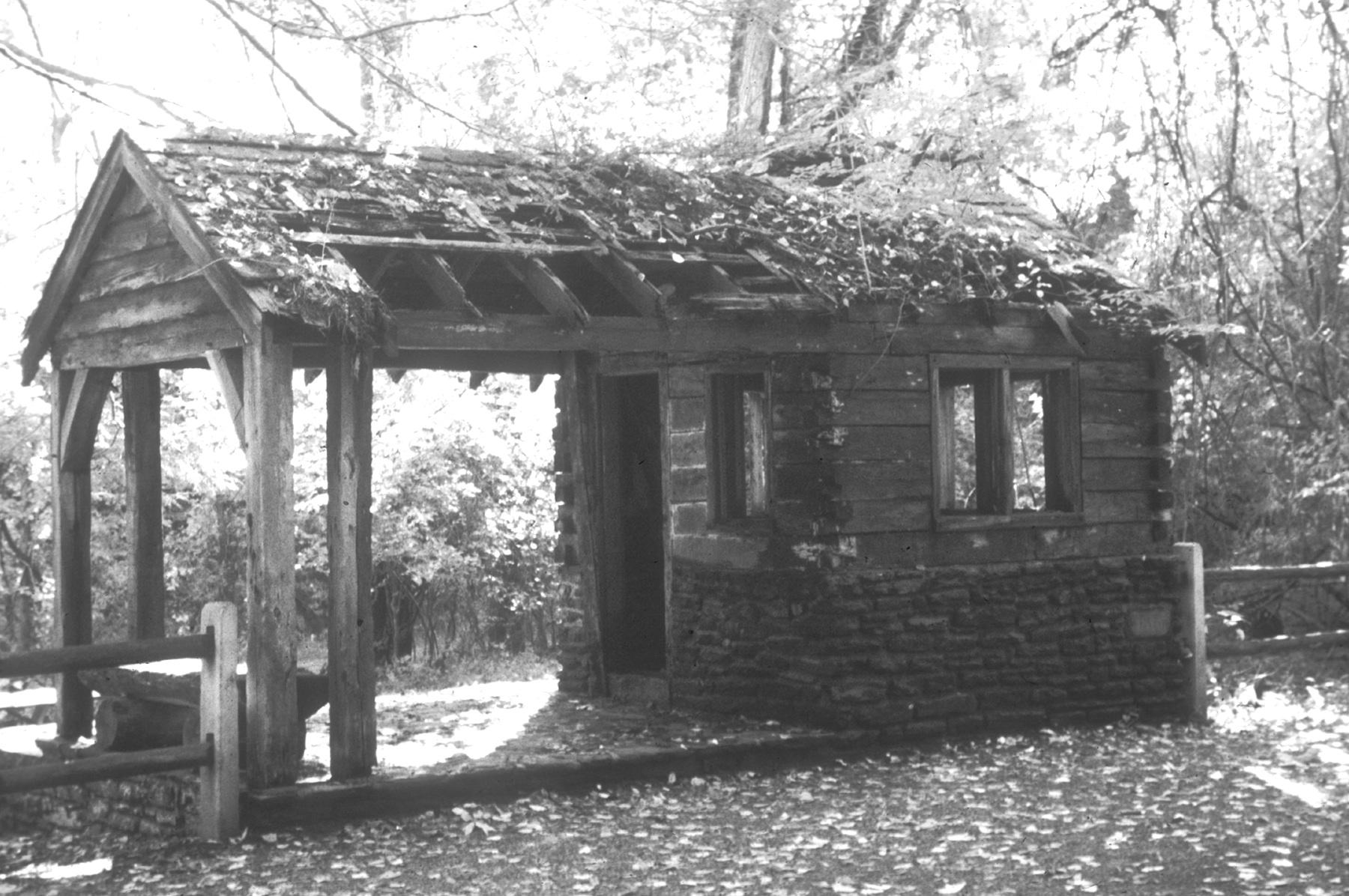 Figure 5. Allen's Lane guard shelter, 1996 (K. Cowing).