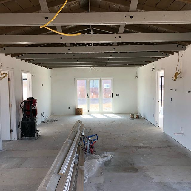 #comingtogethernicely renovation in #twentyninepalms . . . . . #architecture #architecturelovers #homedesign #homedecor #design #modernarchitecture #luxury #luxurylife #luxuryhomes #california #californiadreaming #style #residentialarchitecture #palmsprings #palmspringslife #desertliving #desert #desertmodernism #mcm #midcenturymodern #midcenturymodernhouse #modern #renovation #architecturaldesign #interiordesign #duanesmith #hmh