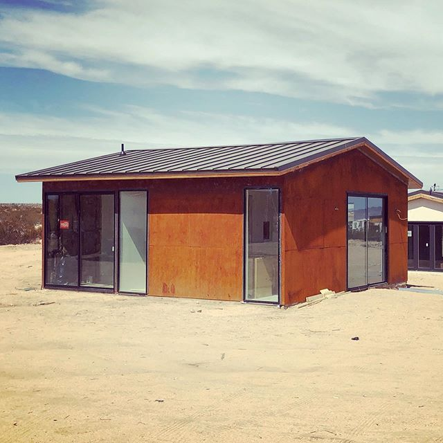 Just finished this little garage conversion in #twentyninepalms . . . . . #architecture #architecturelovers #homedesign #homedecor #design #modernarchitecture #luxury #luxurylife #luxuryhomes #california #californiadreaming #style #residentialarchitecture #palmsprings #palmspringslife #desertliving #desert #desertmodernism #mcm #midcenturymodern #midcenturymodernhouse #modern #renovation #architecturaldesign #interiordesign #duanesmith #hmh #cortensteel #rustedsteel @milgardwindowsdoors