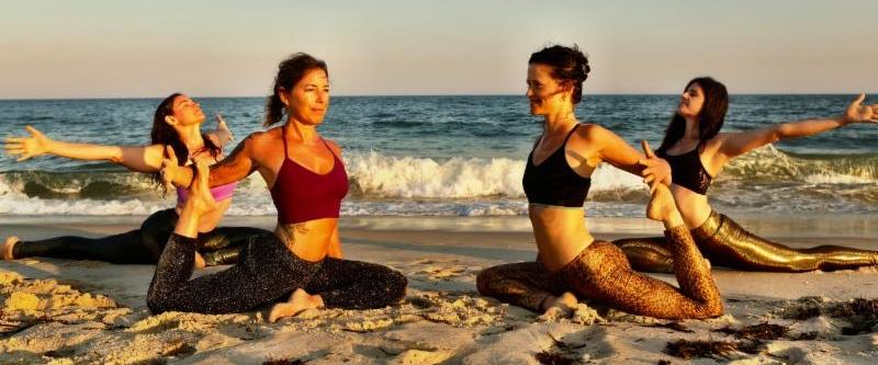 Leslie Pearlman/Good Ground Yoga, via Twitter