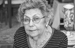 Miriam Fromberg, photo by Lisa Shifren
