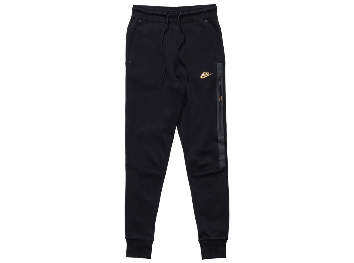 apparel_bottoms_nike_nike-womens-sb-tech-fleece-pants_830707-010.view_01.color_black.jpg