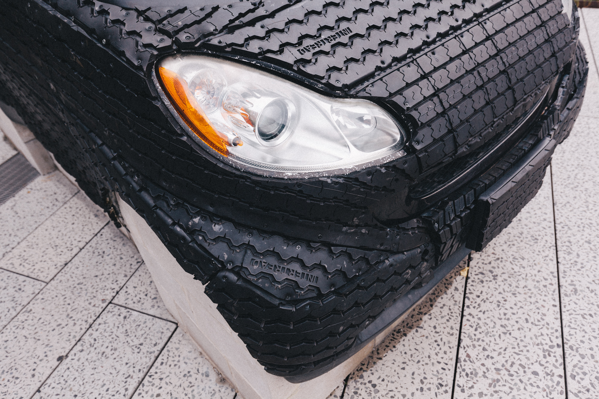 What Is Rubber Made Of >> There S A Smart Car Made Of Rubber On The High Line