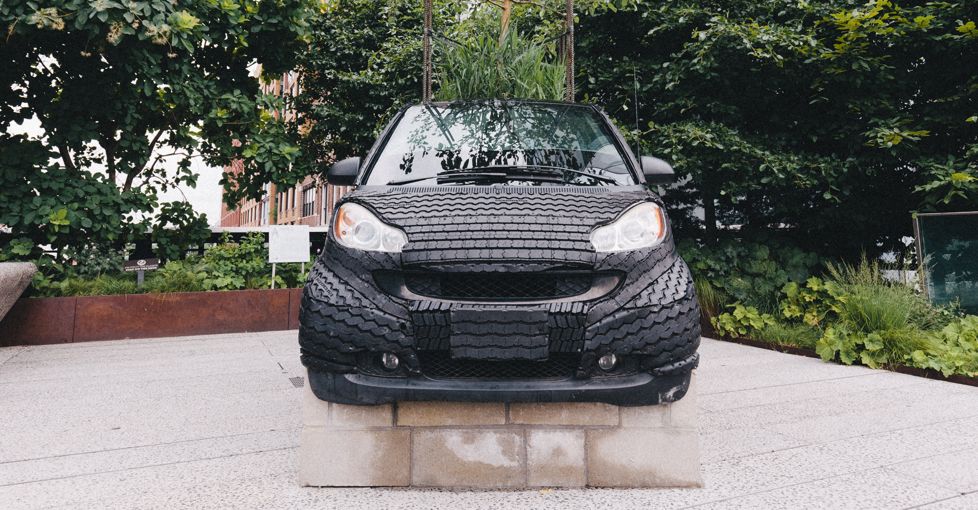 What Is Rubber Made Of >> There S A Smart Car Made Of Rubber On The High Line Doobybrain Com