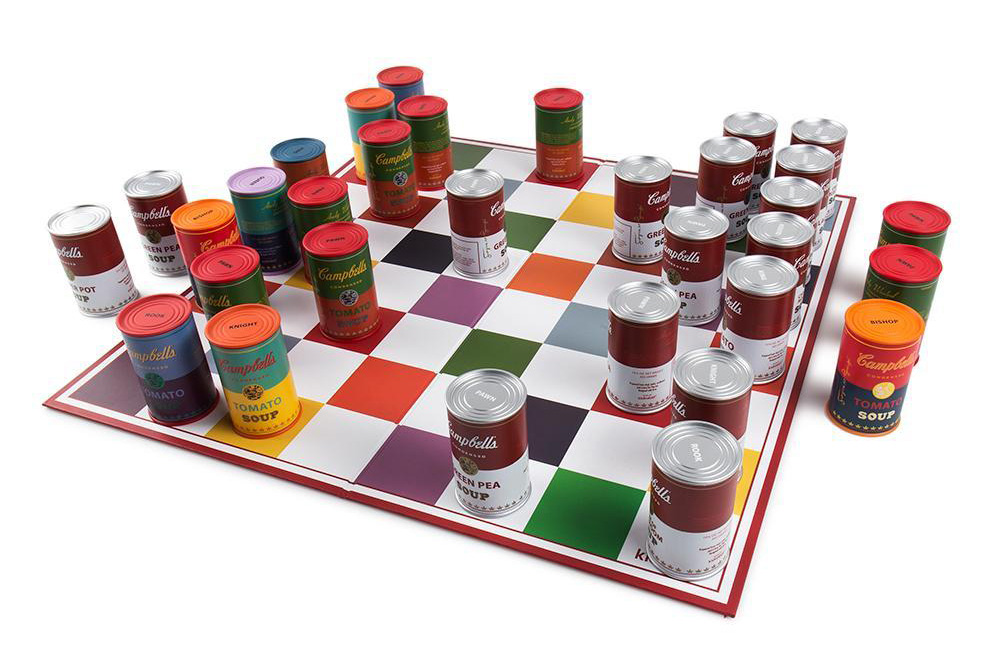 andy-warhol-campbells-soup-can-chess-set-06.jpg