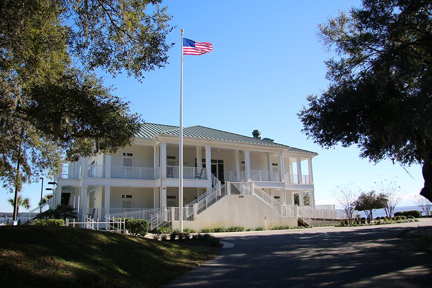 Yacht Club Building