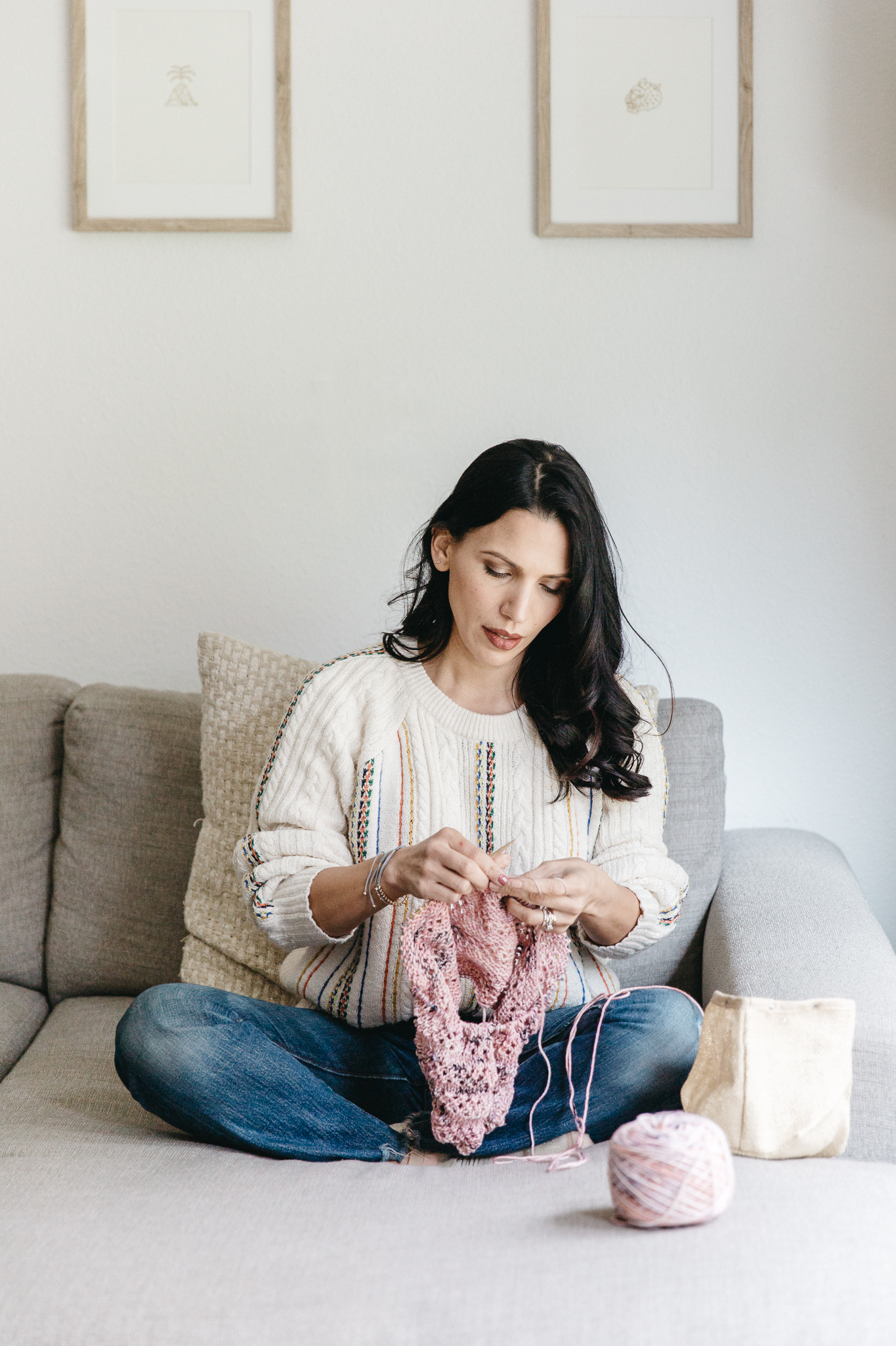 Modern Macrame Artist Elsie Goodwin Reform Fibers Hands On Collective by Joy Theory Co Orange County Photographer Knitting