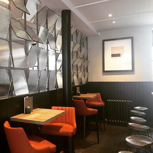 Delicious Sunday roast and equally delish interior @leithchophouse 🍴#Artstone #thisisscotland #thisisedinburgh #edinburgh #leith #edinburghfoodie #edinburghfood #leithfood #sunday #sundayroast #beef #interiors #plaster #ihavethisthingwithwalls #interiordesign #ihavethisthingwithfloors #concrete #ArtstoneConcrete #tiles #floors #walls #surfaces #scotland #microcement #polishedconcrete #polishedconcretefloor #polishedconcretewalls #leithchophouse