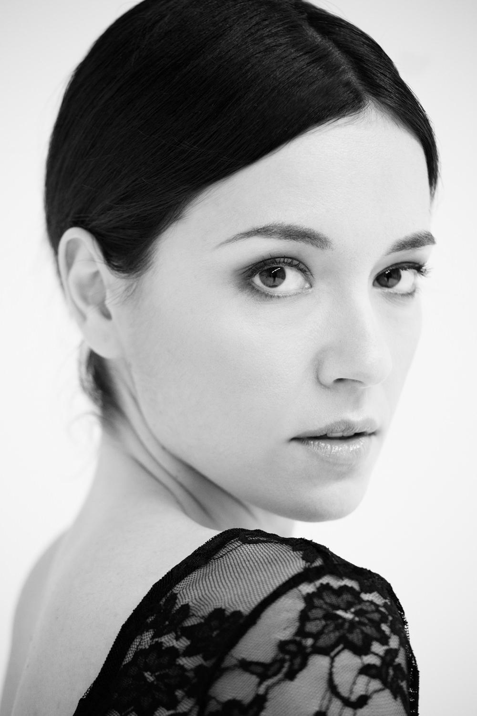 Portfolio_Portraits_Vera_Dragone_1.jpg