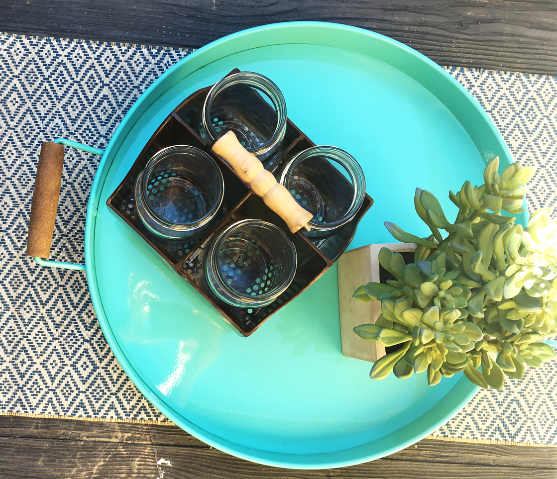 The mason jars are perfect for holding silverware and napkins. Love!