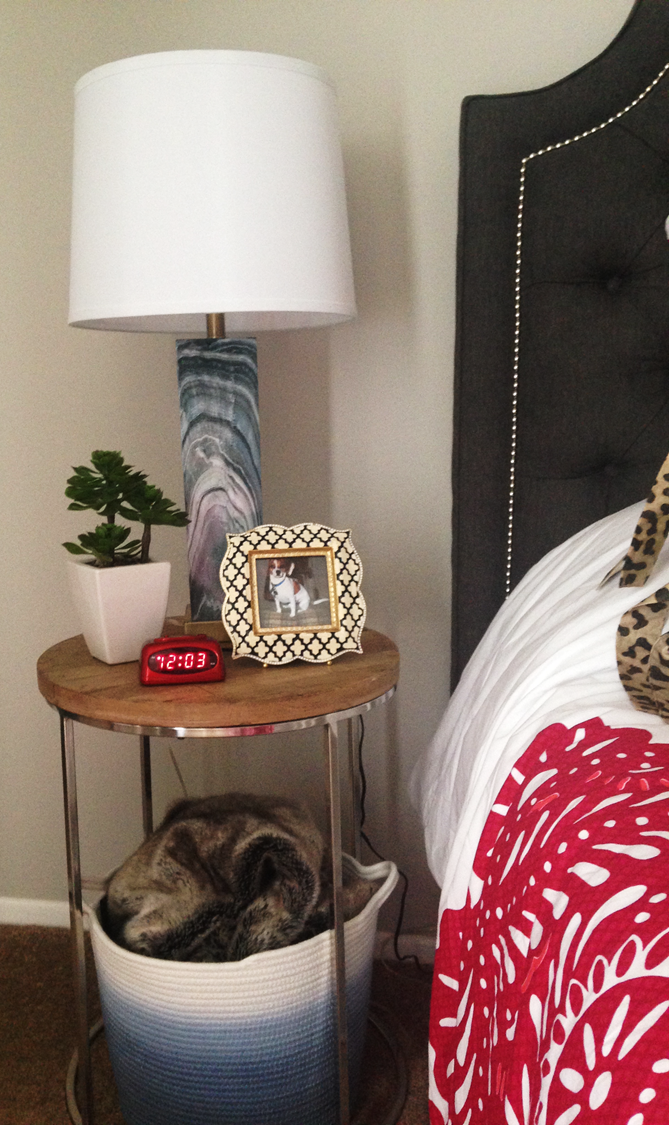 I love how she styled this bedside table!
