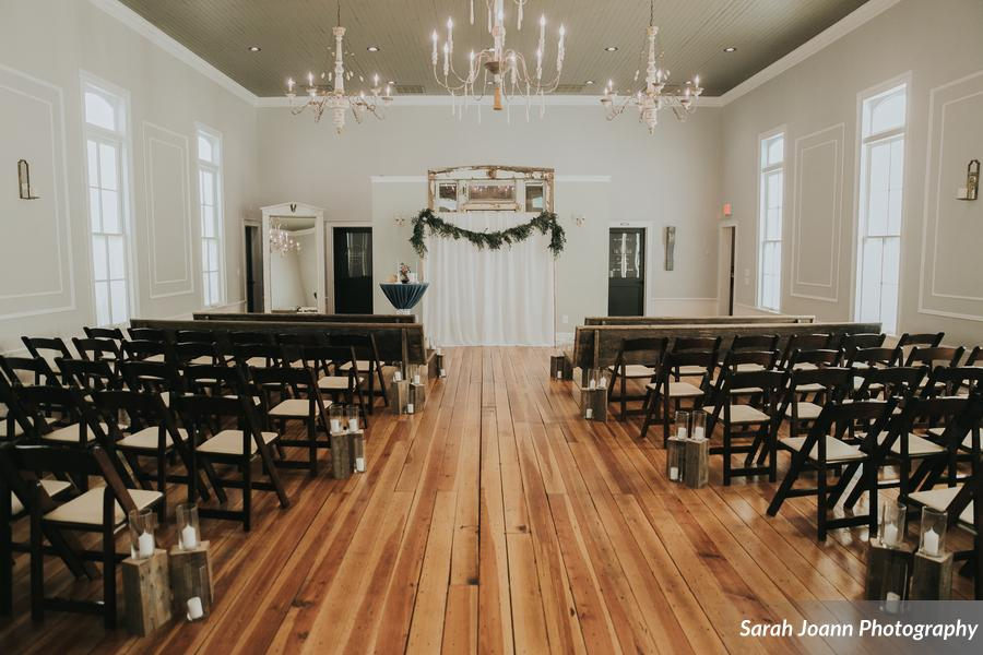 Montenyohl_Langston_SarahJoannPhotography_2BLsubmissionsIMG5548128_low Parlour at Manns Chapel.jpg