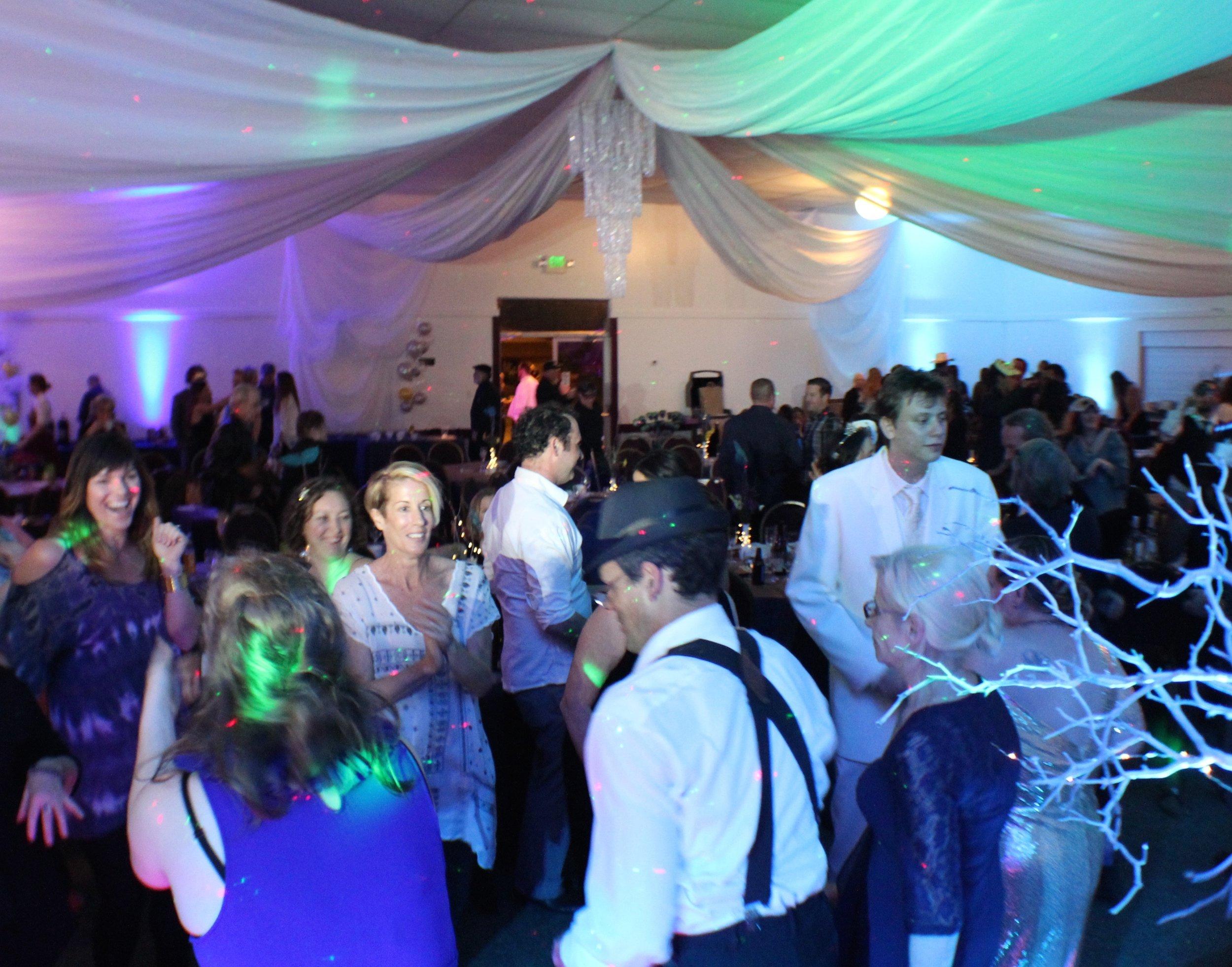 Auction - Dancing.jpg