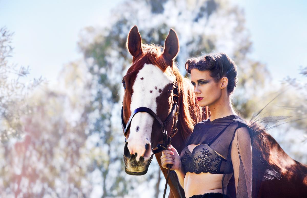 Fashion-Photography-by-Nikki-Novi_001
