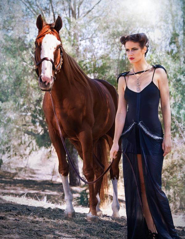 Fashion-Photography-by-Nikki-Novi_007