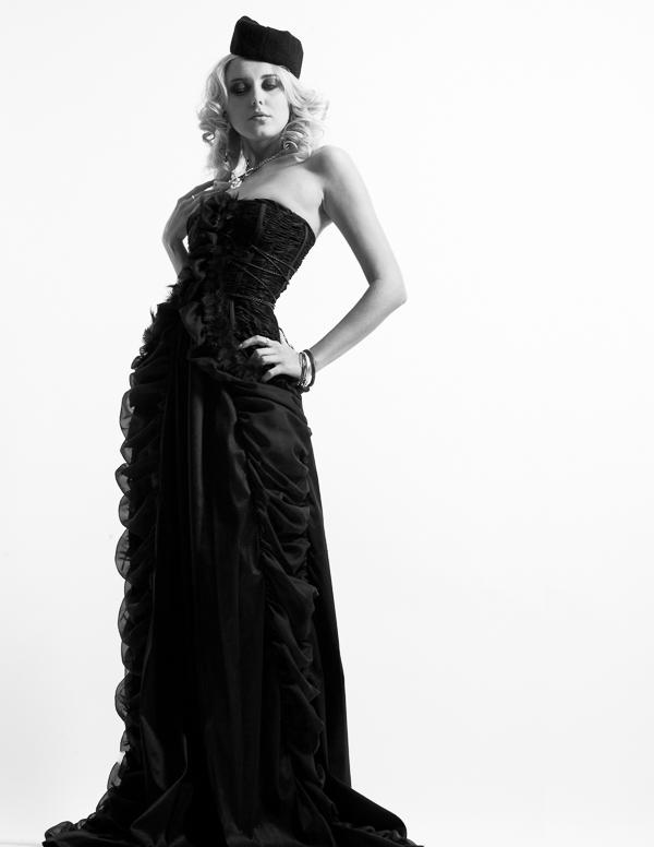 Fashion-Photography-by-Nikki-Novi_039