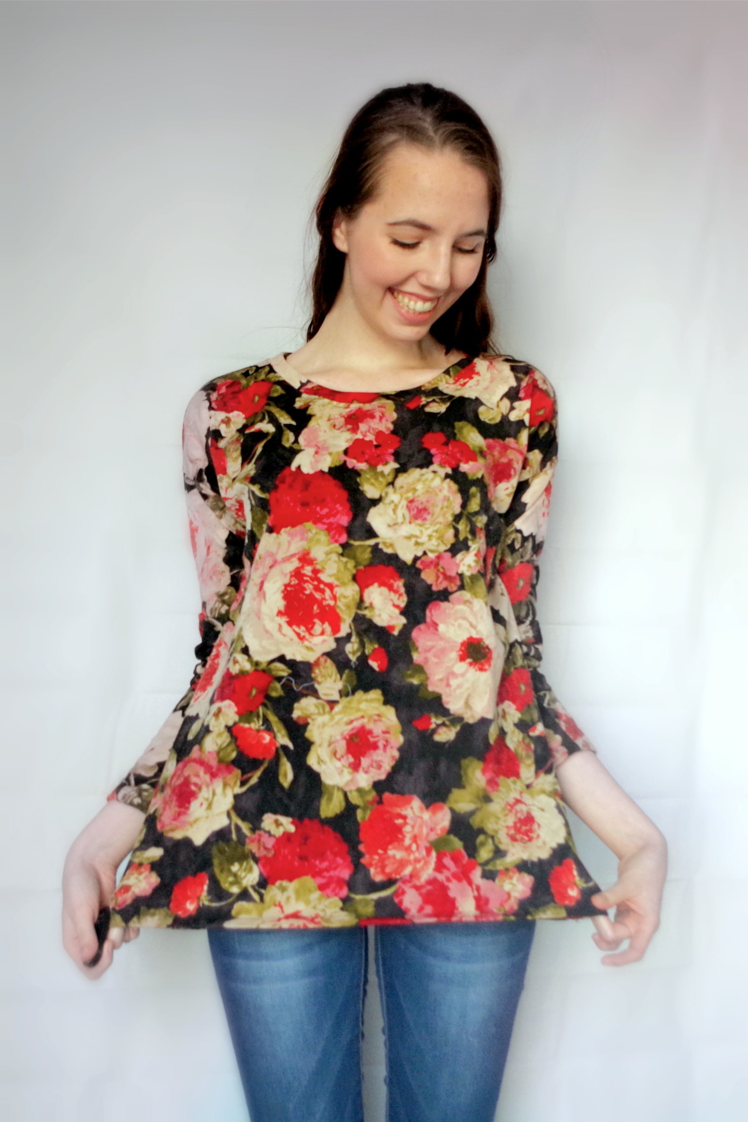 This cozy floral sweater will keep you warm this winter! DIY Sweater made with a FREE pattern. More details in the blog post!