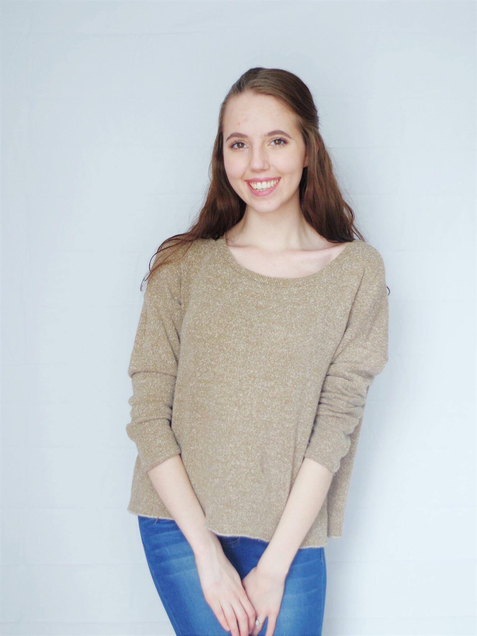 This cozy sweater was made with a free pattern and is perfect for beginners! Click through for construction details on this cozy DIY sweater!