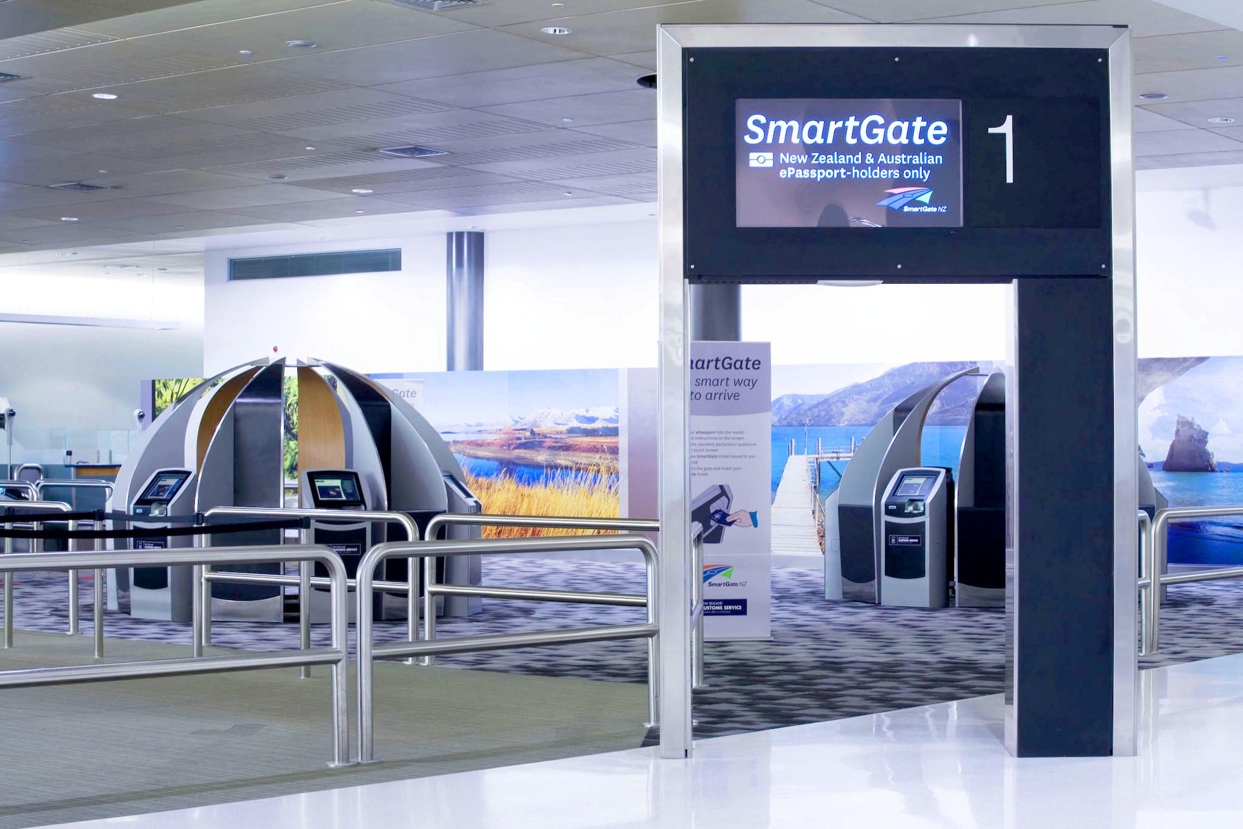 AA_Smartgate01_L.jpg