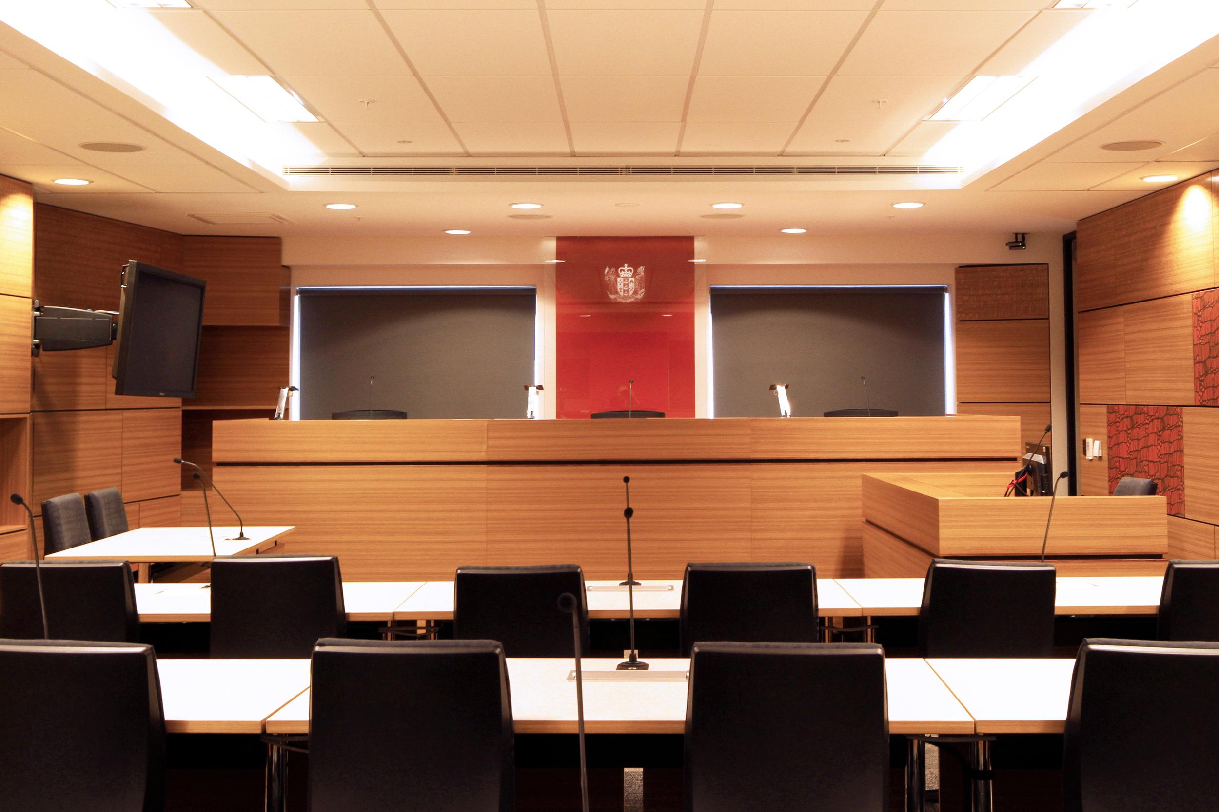 MOJ_IEE_Courts_HearingRoom5_20.jpg