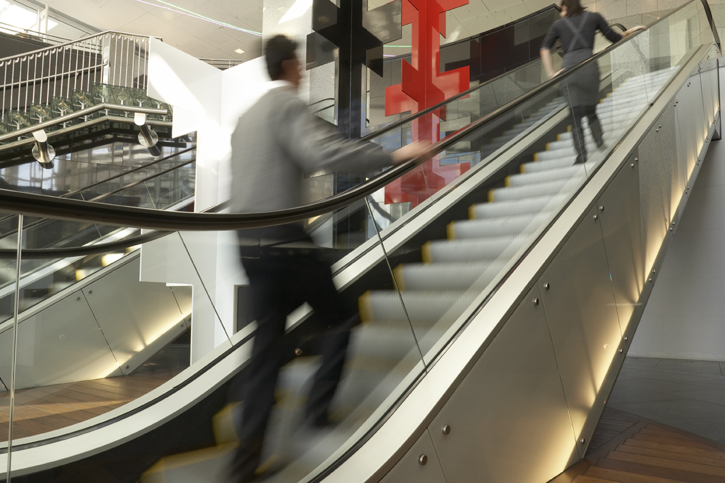 PWC_10_Escalators_S.jpg