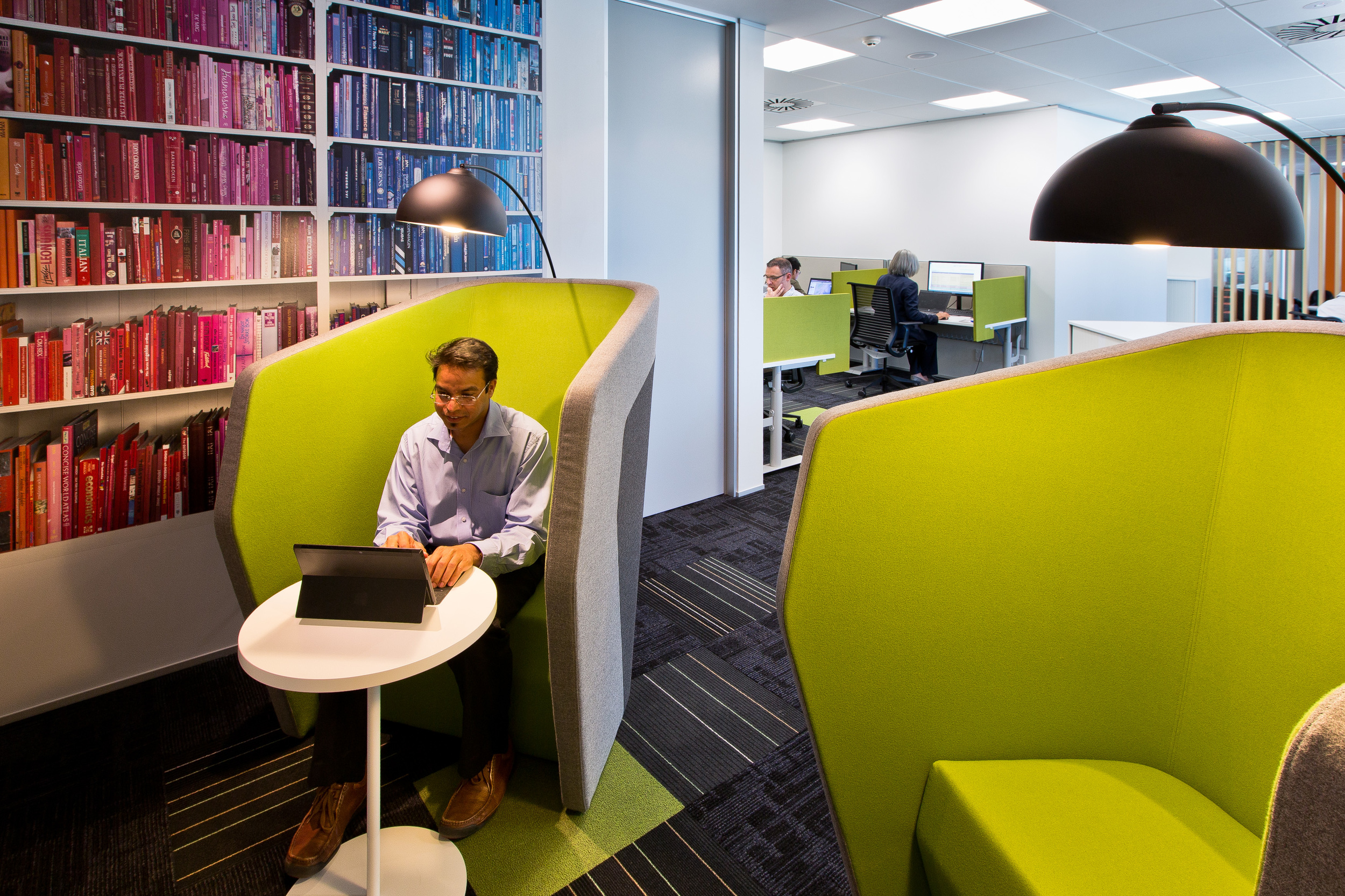 Microsoft Wellington    Office Fitout   S&T's design team transformed a tired, uninspiring space into a hub of collaboration that accommodates different working styles and also better reflects Microsoft as a global leader.