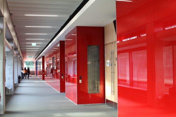 UofA_Building303_Hallway03_web_600_400_85.jpg
