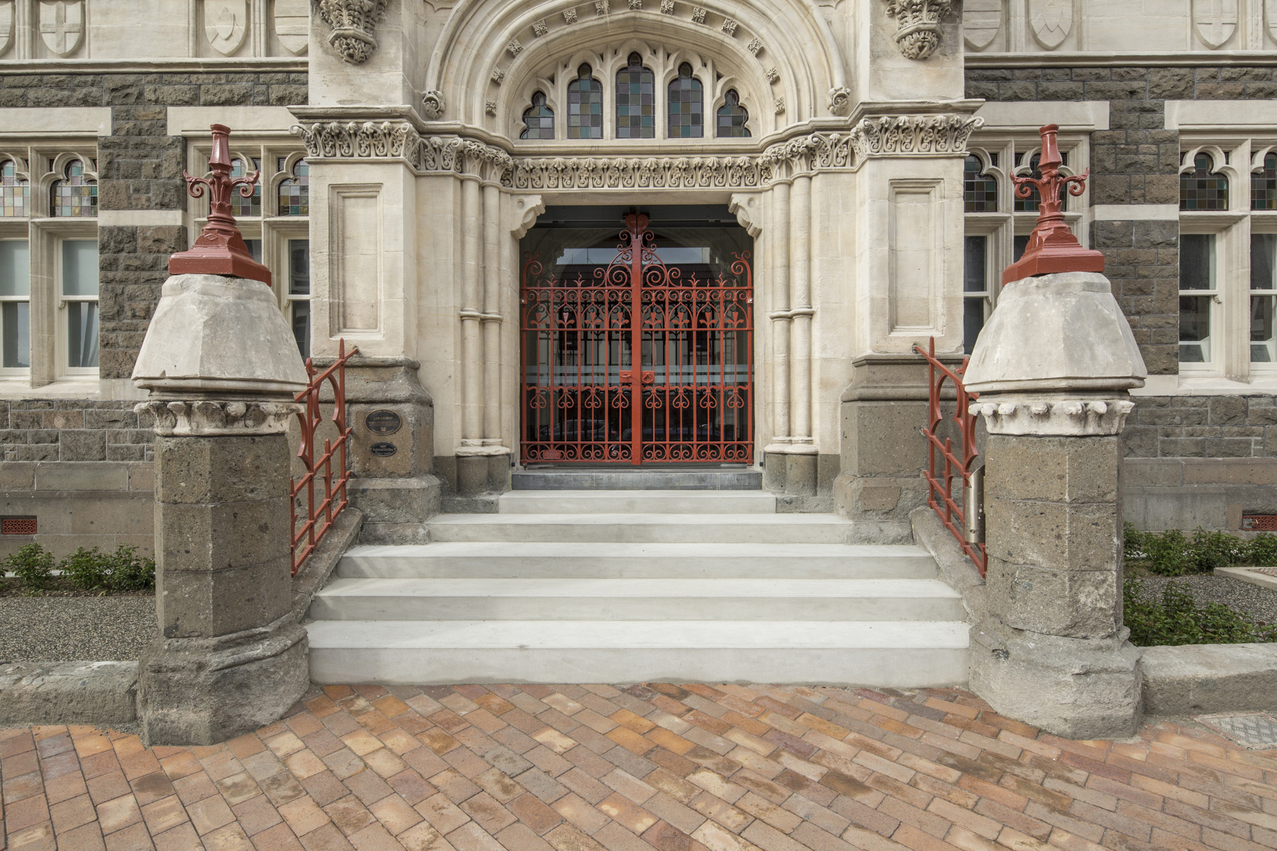 Dunedin Law Courts_Stuart Street Entrance_3 of 9 low res.jpg