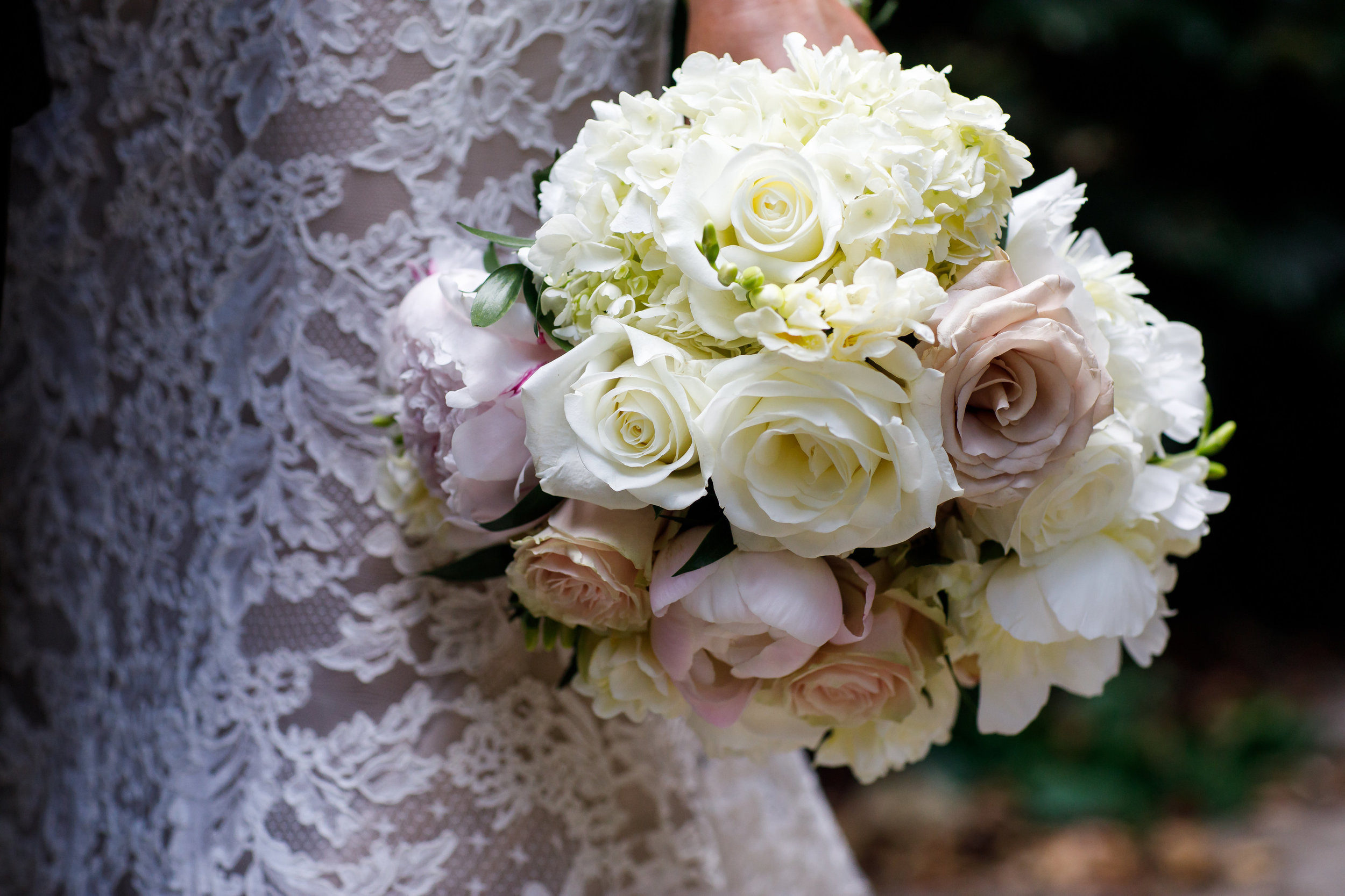 Beautiful florals from Robin Wood!