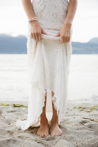 Fab-You-Bliss-Camilla-Anchisi-Photography-Ocean-Inspired-Sunset-Dream-Bridal-Style-06.jpg