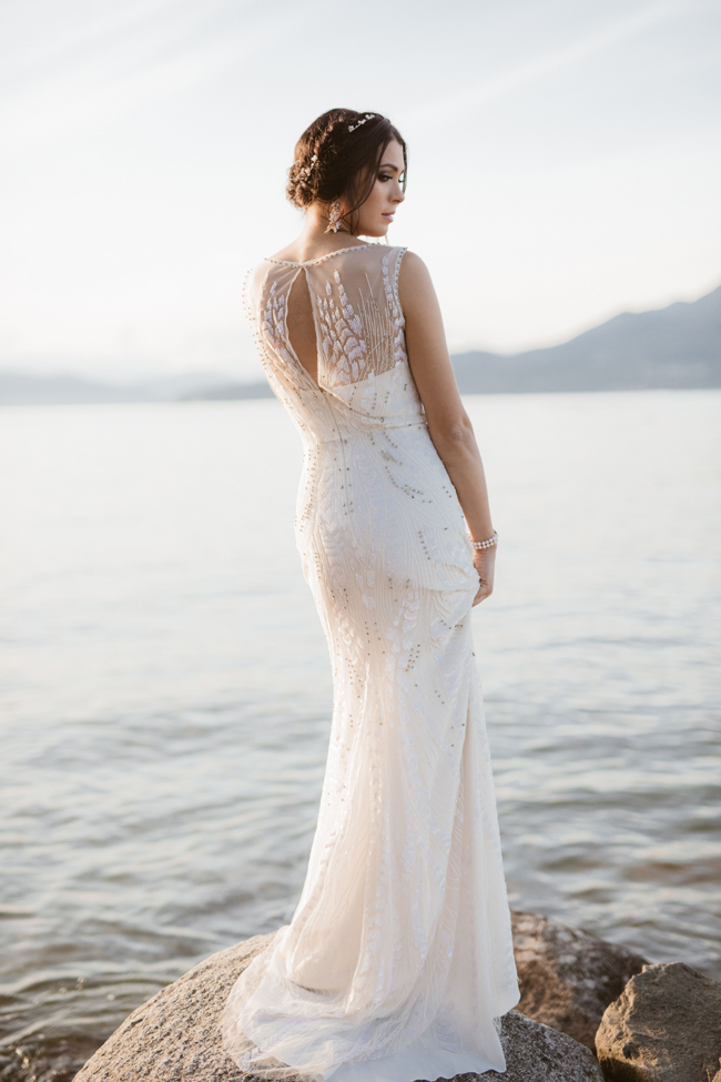 Fab-You-Bliss-Camilla-Anchisi-Photography-Ocean-Inspired-Sunset-Dream-Bridal-Style-07.jpg