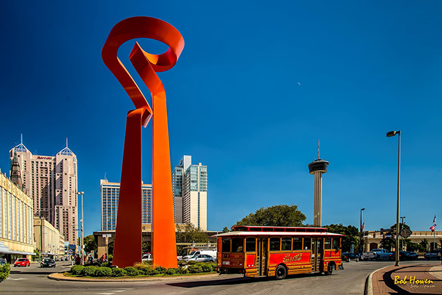 Torch Trolley, Photo by Bob Howen, Visit San Antonio