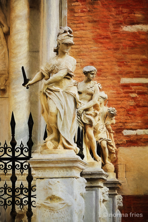 "IT211: ""Venice: stand guard"""
