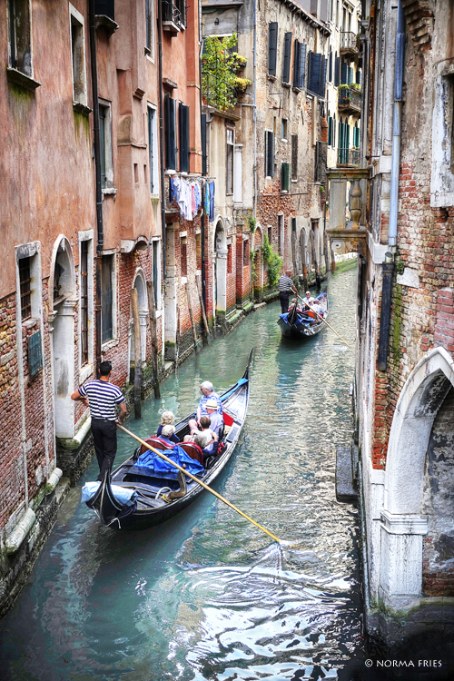 "IT222: ""Venice: gondola in waterway"""