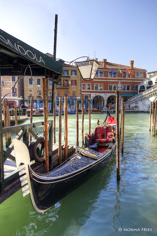 """IT223: """"Venice: gondola stand in Grand Canal"""""""