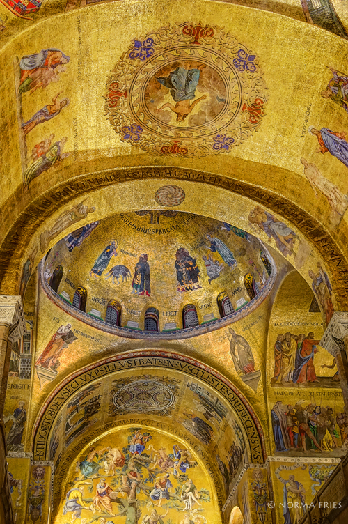 "IT236: ""Venice: St. Mark's Basilica gold interior, III"""