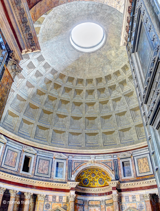 """IT252: """"Rome: Oculus in the Pantheon"""""""