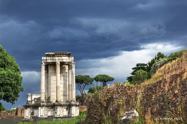 "IT250: ""Roman Forum: Temple of Vesta"""