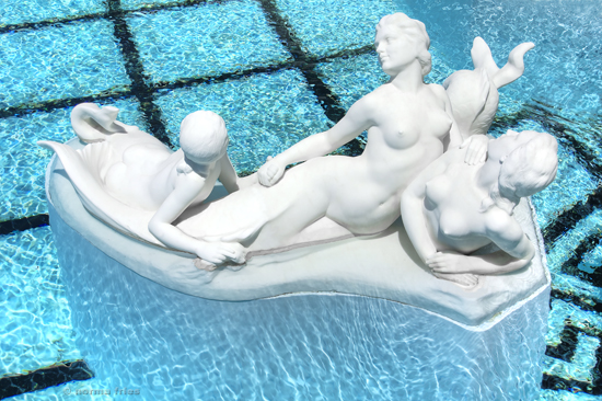 "NC609: ""Neo-classical statue group and pool"""