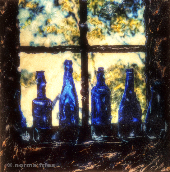 "PL851: ""Four blue bottles"""