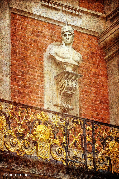 FR433: Classical bust (Versailles, France)
