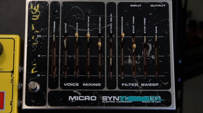 Microsynthesizer